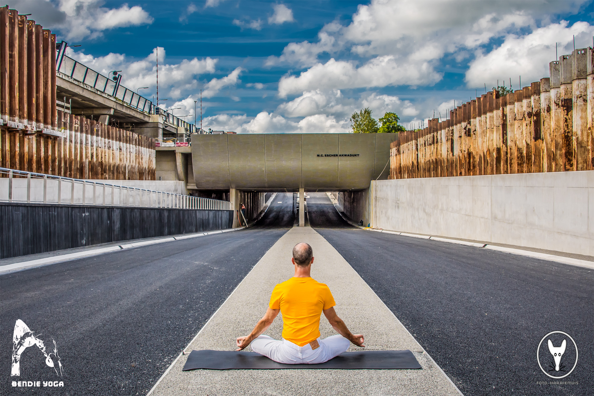 Sukhasana by Bendie-Yoga.com